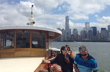 NYC Sightseeing Boat Tours And Yacht Cruises Of NY Harbor - Cruise ships from nyc