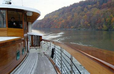 Fall Foliage Brunch Cruise aboard Yacht Manhattan