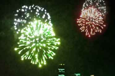 Gay-Pride-Fireworks-Sail-on-Schooner-Adirondack